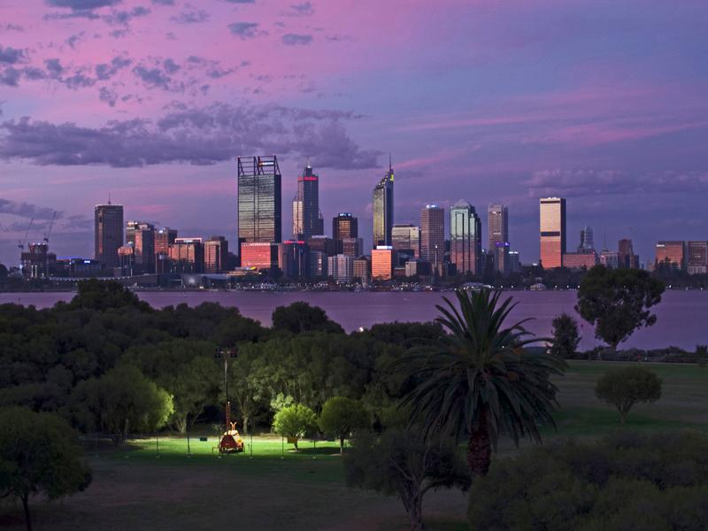 17/172 Mill Point Road South Perth Penthouse Magnificent Views and Lifestyle