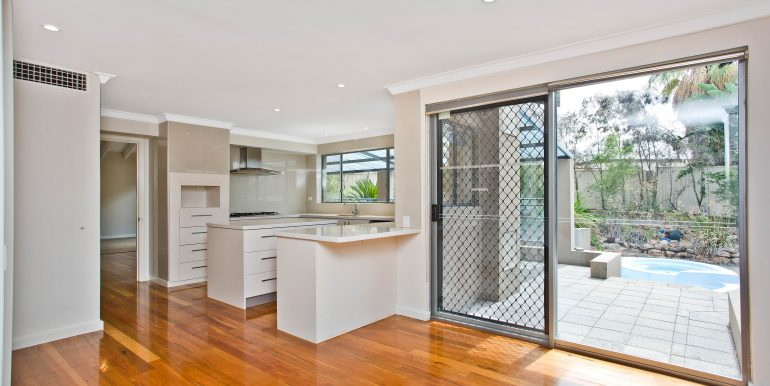 17 Parkview Rise, Willeton (11 of 22)