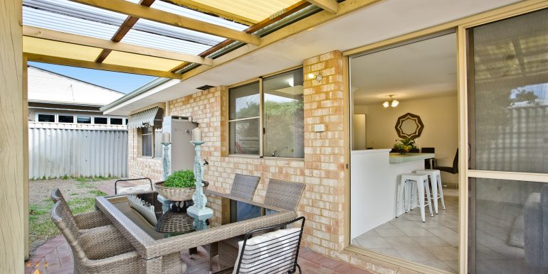 4-60 Parklands square, Riverton (17 of 23)