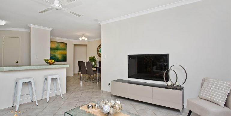 4-60 Parklands square, Riverton (8 of 23)
